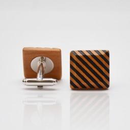 Dřevěné knoflíčky Elegance - hruška šrafy